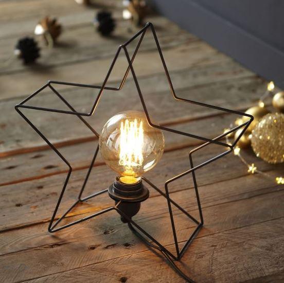 2 Étoile lum. Lampe à poser en métal noir forme étoile H24cm 19,50 euros Alinéa