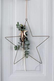 L'eucalyptus pour accompagner vos objets décoratifs. © Pinterest